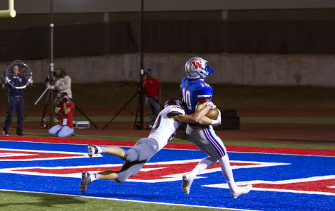 Westlake rolls to 56-12 win over Austin High in Homecoming game