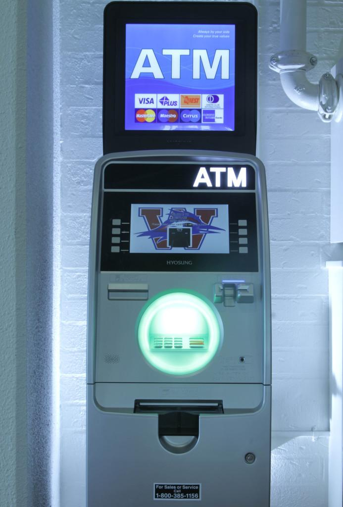 ATM+brings+convenience+for+Westlake+students