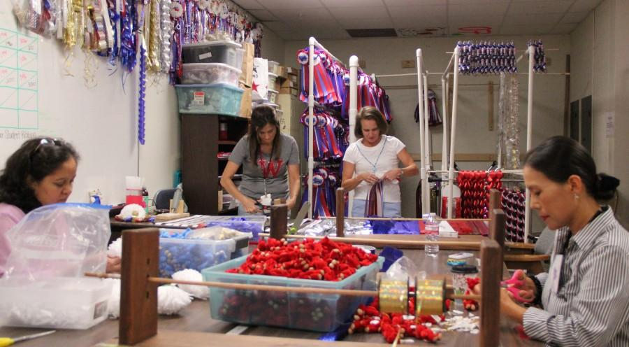 Students encouraged to order Homecoming mums before Sept. 19