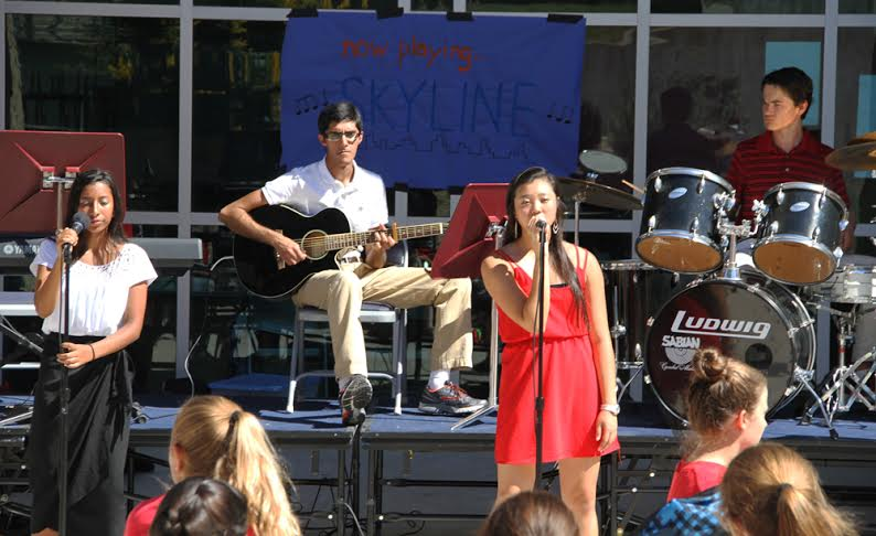 Student perform in first live music lunch