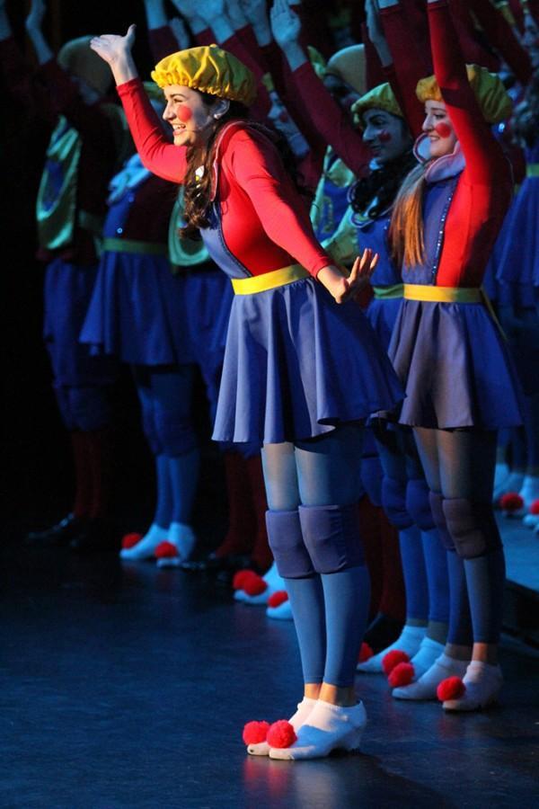 Shrek+Choir+Production