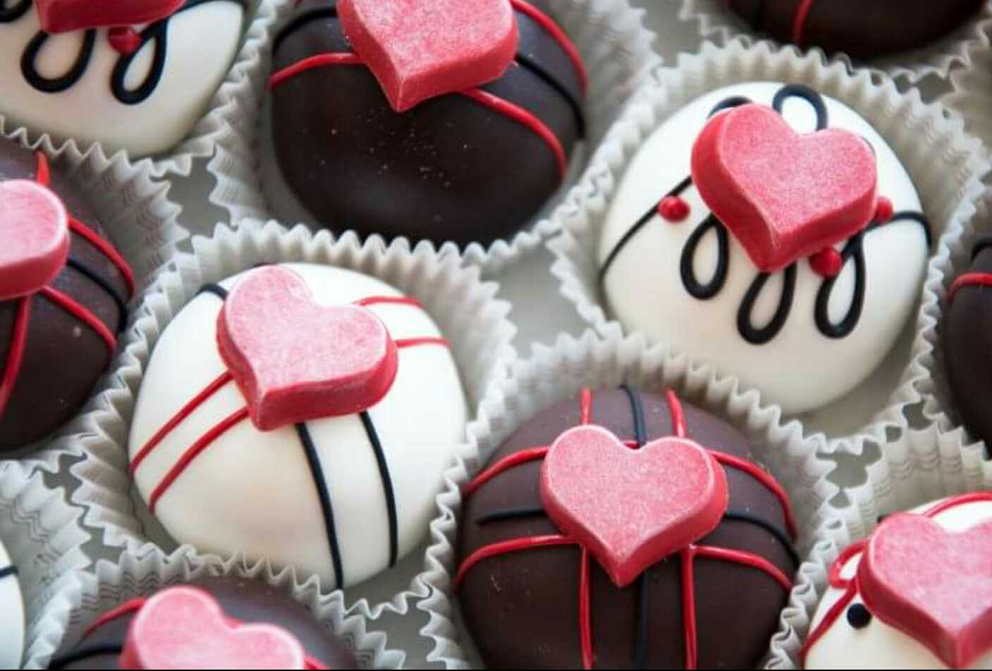 austin cake ball - Valentines Day Sweets