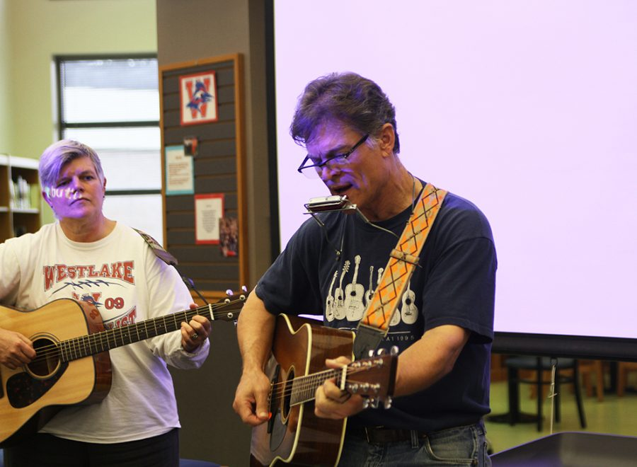 Dylan Day was celebrated by students and and staff Dec. 2 as they came together to sing Bob Dylans songs and share his stories.