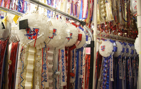 Homecoming mum sales to end Friday