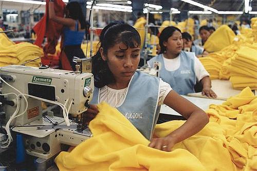 Aspiring fashion designer comments on unethical manufacturing processes