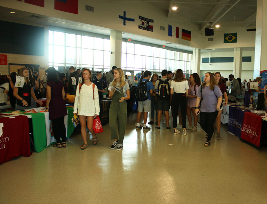 Seniors excplore the variety of colleges present at the 2019 Hills of Austin College Fair on Sept. 24.  The fair provides students a time to learn more about some amazing colleges from across the US, international schools and representatives from the military.
