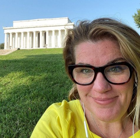 History teacher embarks on road trip to enhance students' learning